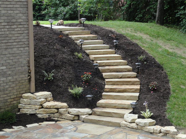 stone walls steps ambiance gardens landscaping. Black Bedroom Furniture Sets. Home Design Ideas
